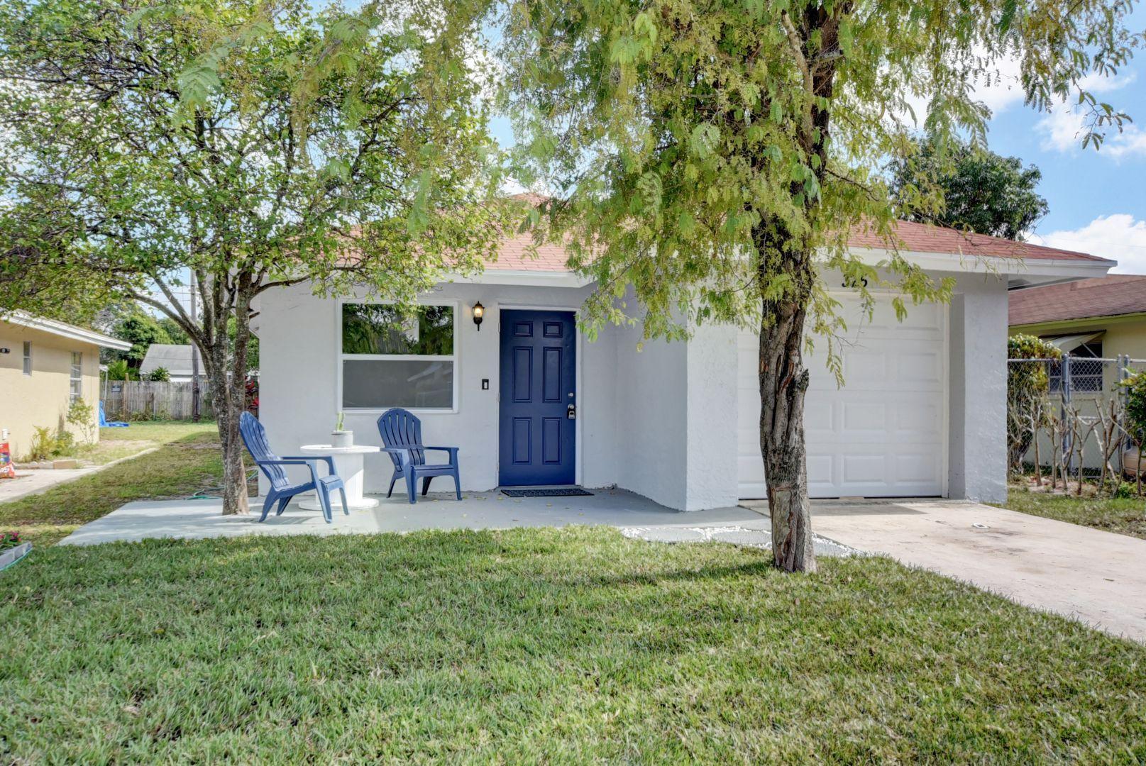 325 4th Avenue, Delray Beach, Florida 33444, 4 Bedrooms Bedrooms, ,2 BathroomsBathrooms,Single Family,For Sale,4th,RX-10503076