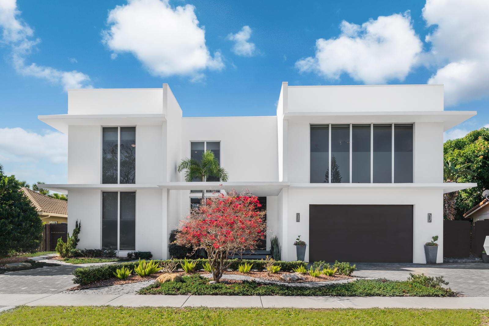Stunning Modern Residence
