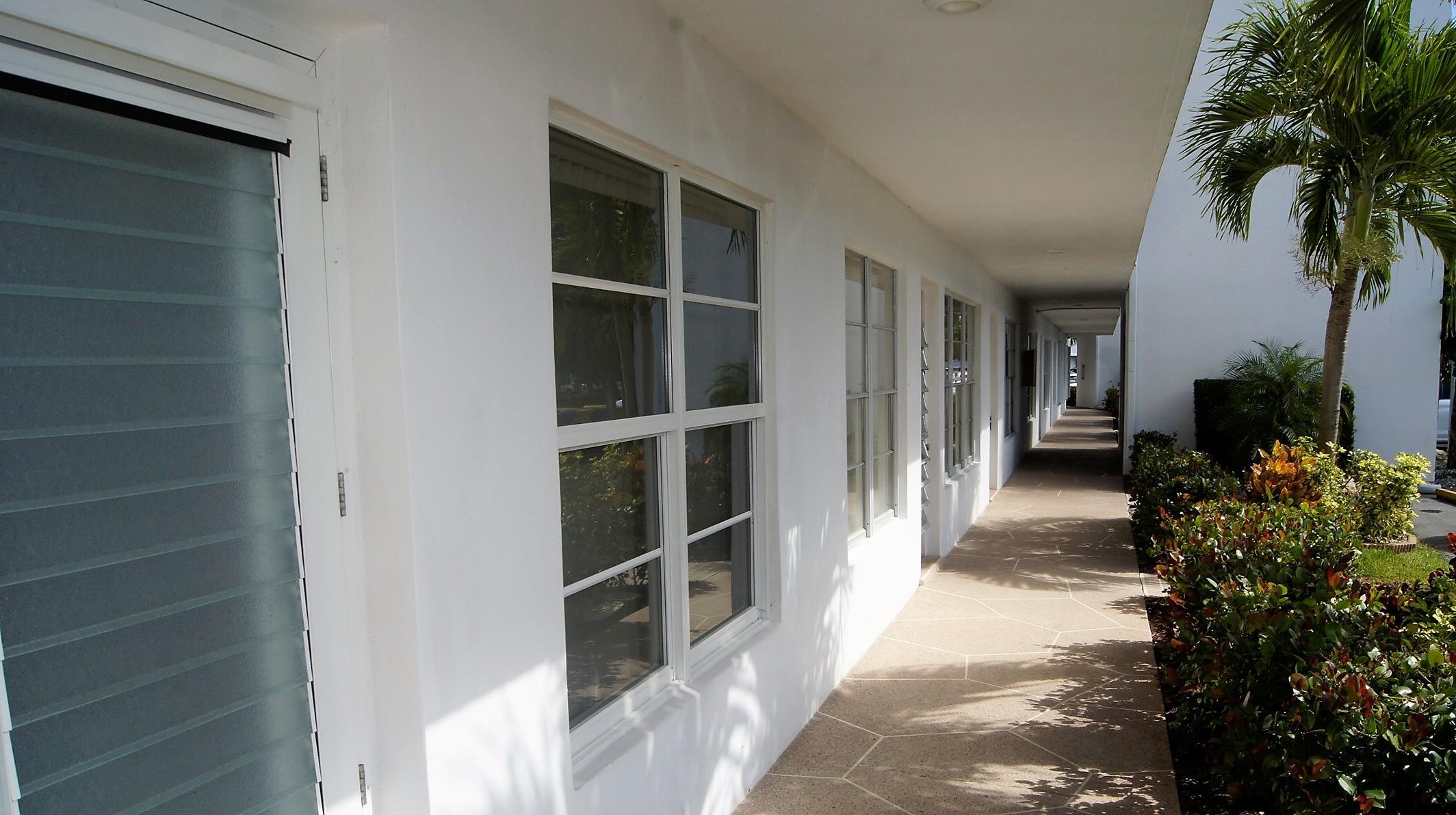 106 Wellington A, West Palm Beach, Florida 33417, 2 Bedrooms Bedrooms, ,2 BathroomsBathrooms,Condo/Coop,For Sale,WELLINGTON,Wellington A,1,RX-10501555
