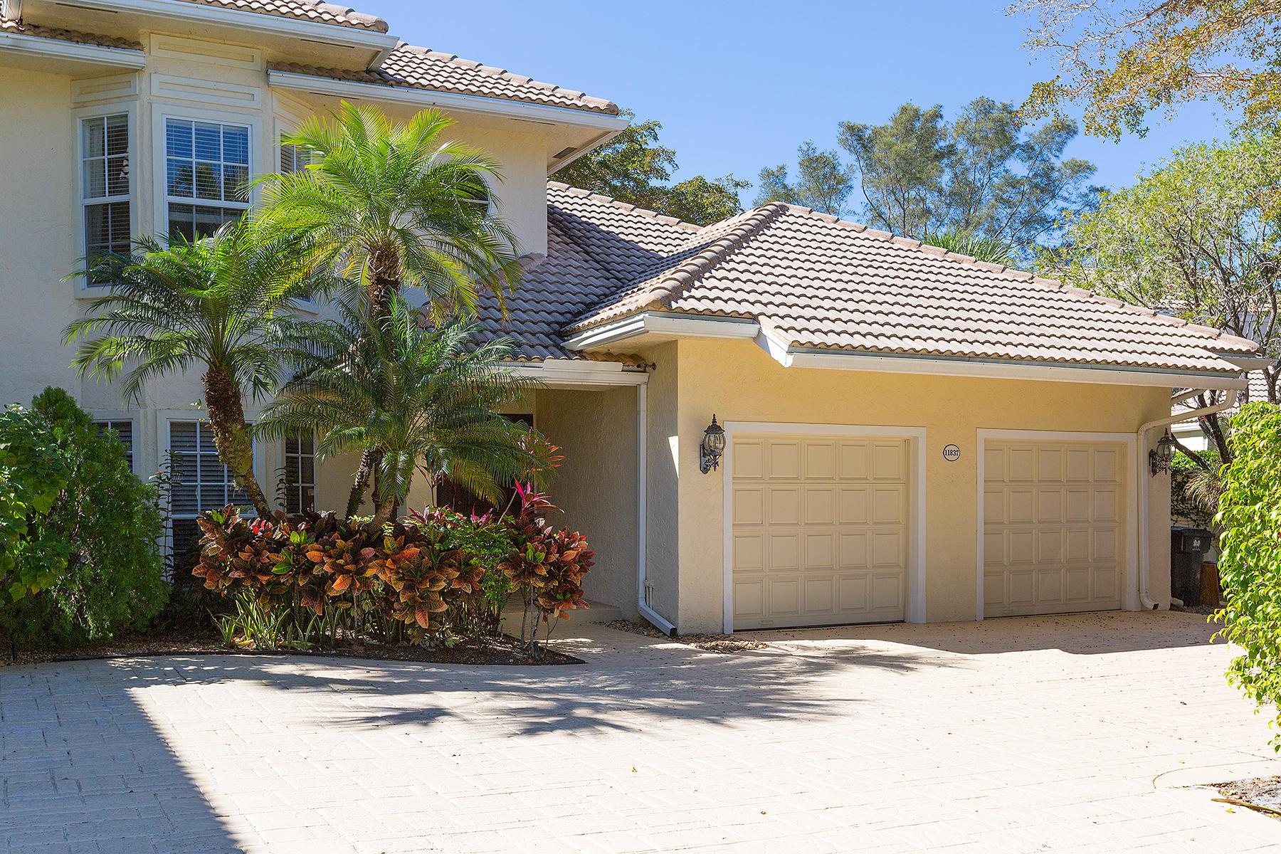 11837 Pebblewood Drive, Wellington, Florida 33414, 3 Bedrooms Bedrooms, ,3 BathroomsBathrooms,Condo/Coop,For Sale,Palm Beach Polo Club,Pebblewood,1,RX-10503138
