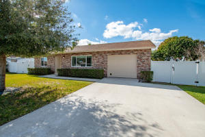 113 Cortes Avenue, Royal Palm Beach, FL 33411