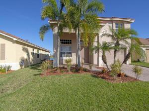 762 Aberfoyle Avenue, Fort Pierce, FL 34947