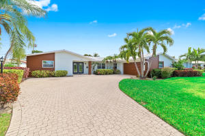 118 Cruiser Road N, North Palm Beach, FL 33408