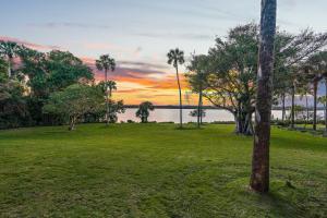 286 S Beach Rd Hobe Sound FL-print-015-1