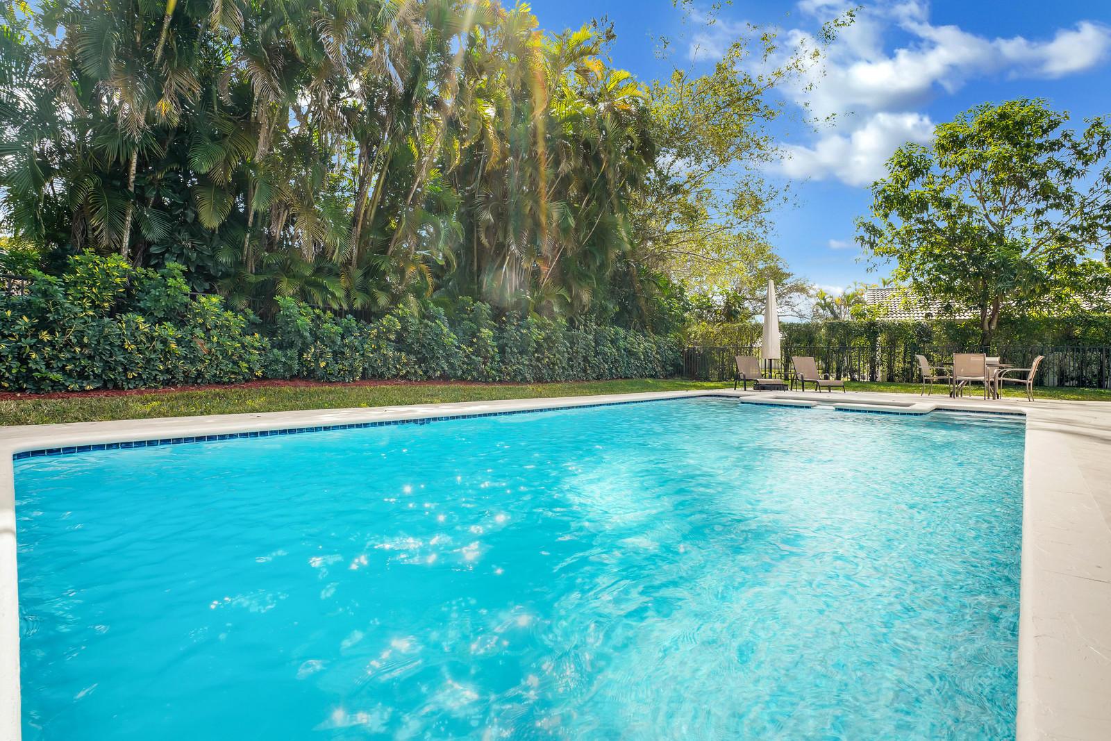 7698 Estrella Circle Boca Raton, FL 33433