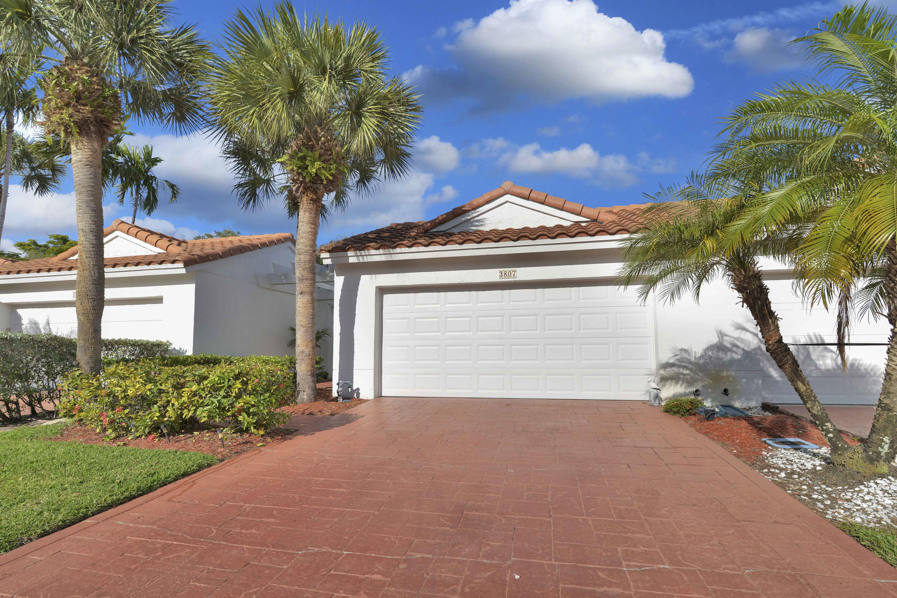 3807 Candlewood Court, Boca Raton, Florida 33487, 3 Bedrooms Bedrooms, ,2 BathroomsBathrooms,Single Family,For Sale,BOCA COUNTRY CLUB,Candlewood,RX-10504317