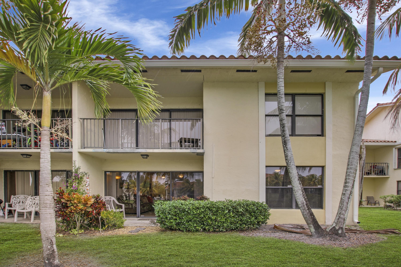 1495 Lake Crystal Drive, West Palm Beach, Florida 33411, 2 Bedrooms Bedrooms, ,2 BathroomsBathrooms,Condo/Coop,For Sale,Lake Crystal,1,RX-10504605