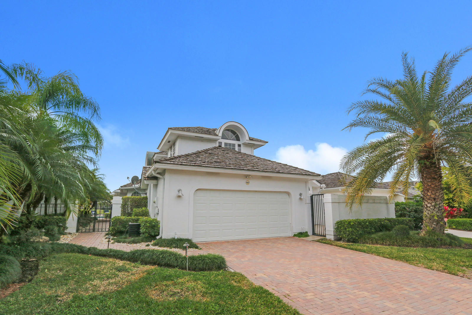 2467 Muir Circle, Wellington, Florida 33414, 3 Bedrooms Bedrooms, ,3.1 BathroomsBathrooms,Single Family,For Sale,Palm Beach Polo,Muir,RX-10504725