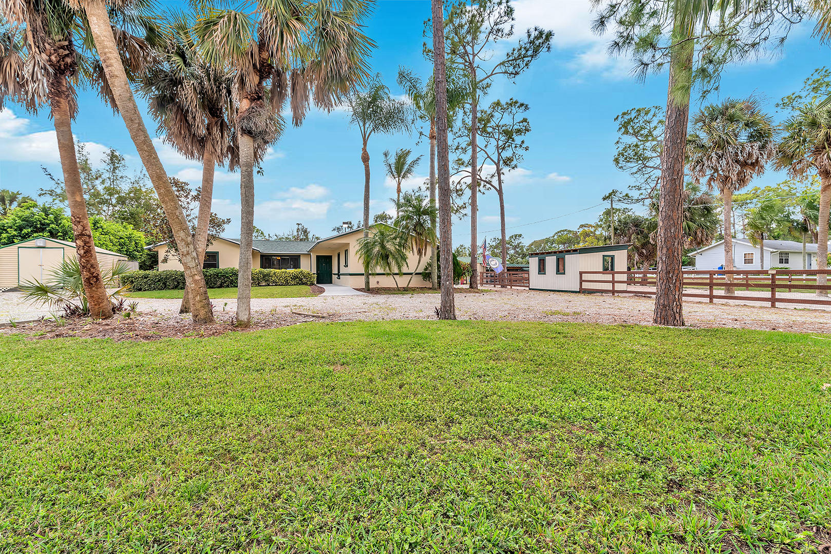 11096 60th Street, West Palm Beach, Florida 33411, 3 Bedrooms Bedrooms, ,2.1 BathroomsBathrooms,Single Family,For Sale,The Acreage,60th,RX-10504871