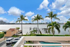 250 Bradley Place, 308, Palm Beach, FL 33480