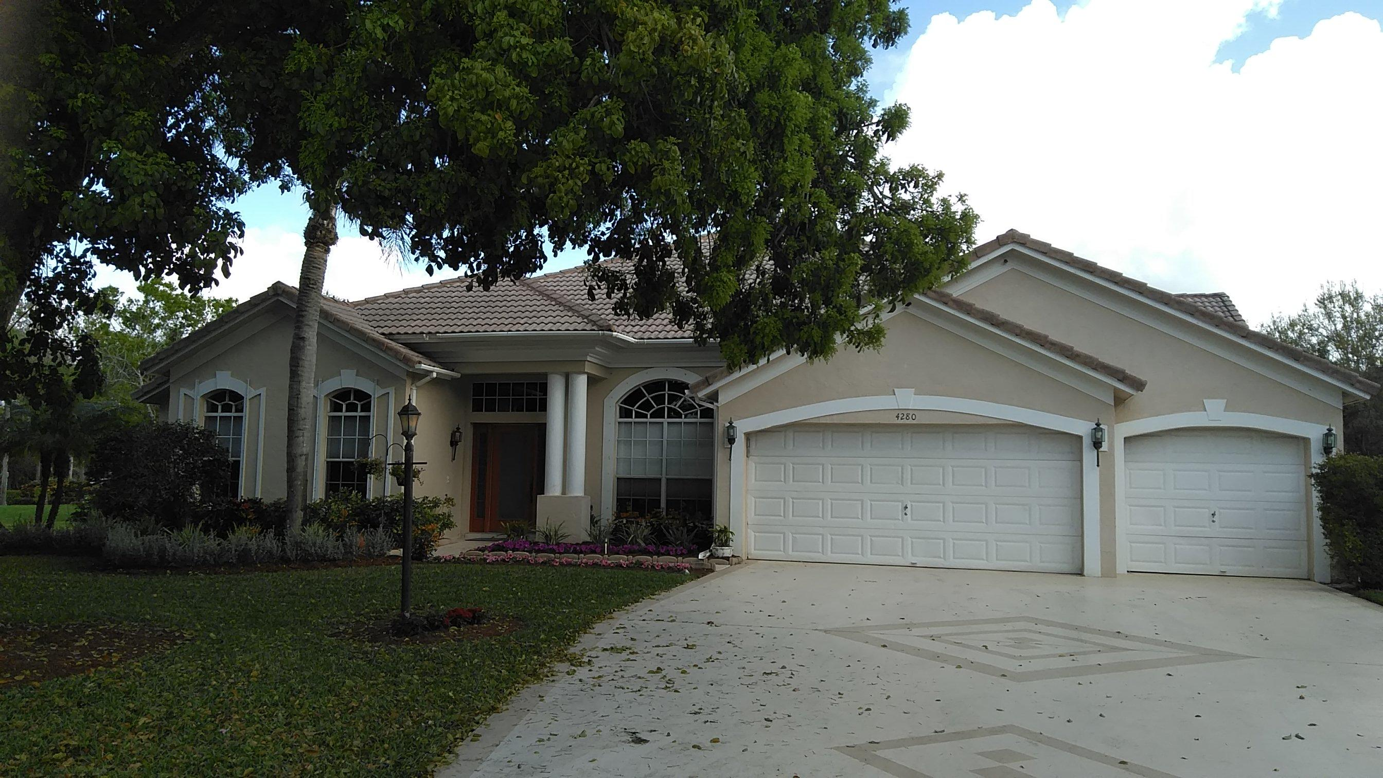 4280 Hunting Trail, Lake Worth, Florida 33467, 5 Bedrooms Bedrooms, ,3 BathroomsBathrooms,Single Family,For Sale,LEGEND LAKE ESTATES,Hunting,1,RX-10504967