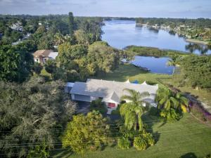 2501 Floral Road, Lake Worth, FL 33462