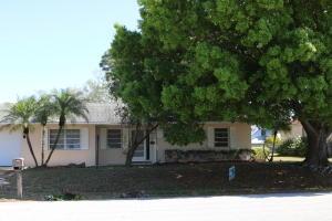 661 SE Forgal Street, Port Saint Lucie, FL 34983