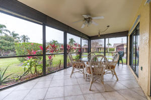 6389 Lakemont Circle, Greenacres, FL 33463