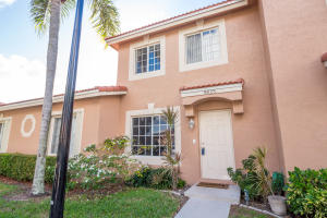 9825 Kamena Circle, Boynton Beach, FL 33436