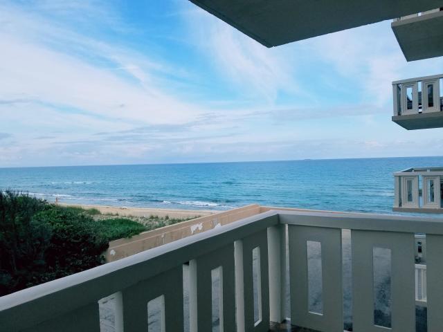 3450 Ocean Boulevard, Palm Beach, Florida 33480, 2 Bedrooms Bedrooms, ,2 BathroomsBathrooms,Condo/Coop,For Rent,Ocean,2,RX-10505102