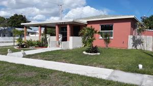 598 W 6th Street, Riviera Beach, FL 33404