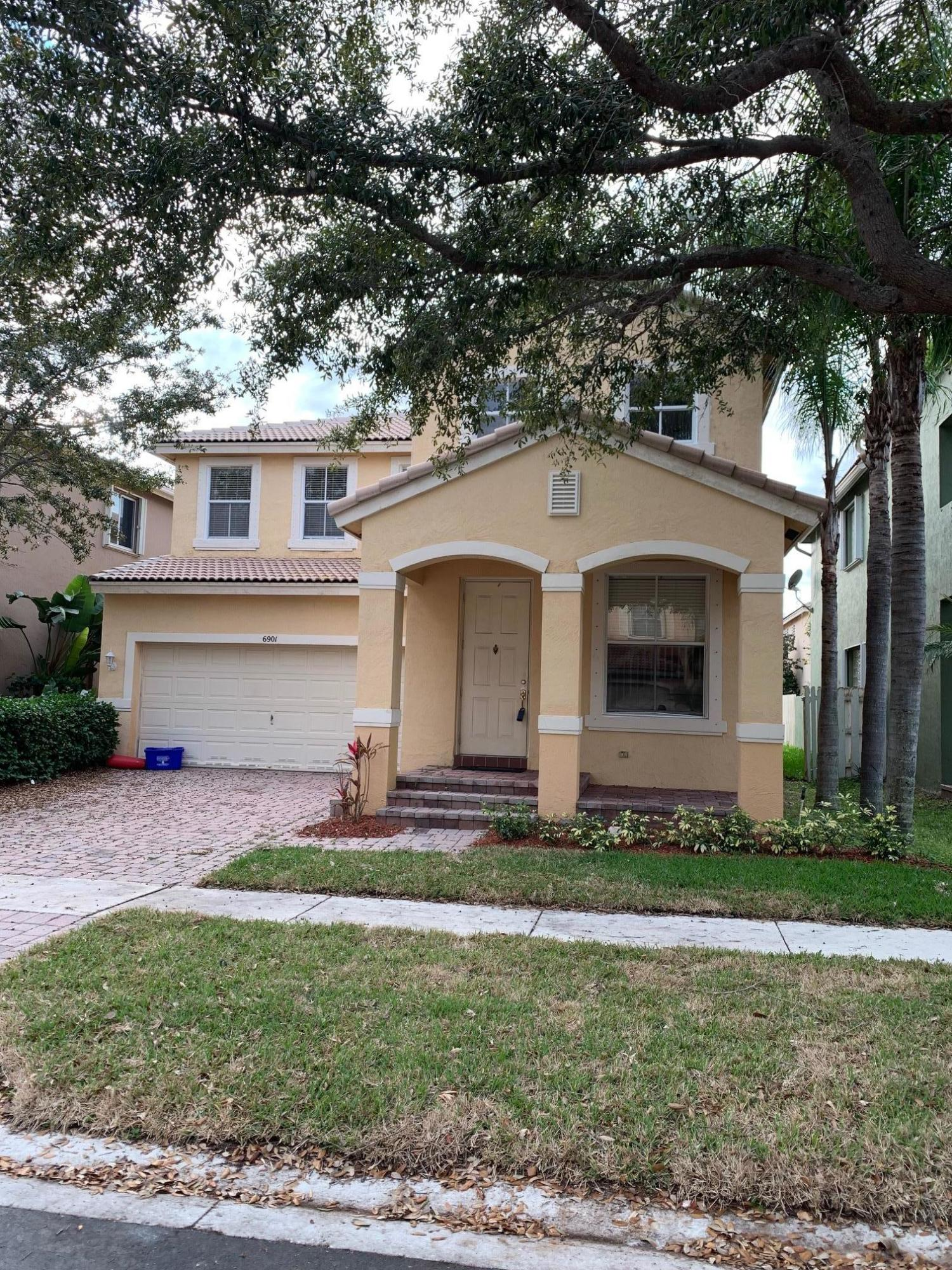 6901 Bruce Court, Lake Worth, Florida 33463, 5 Bedrooms Bedrooms, ,3.1 BathroomsBathrooms,Single Family,For Sale,COCO PLUM,Bruce,RX-10505198