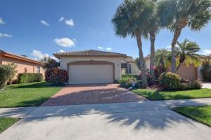10820 Royal Caribbean Circle, Boynton Beach, FL 33437