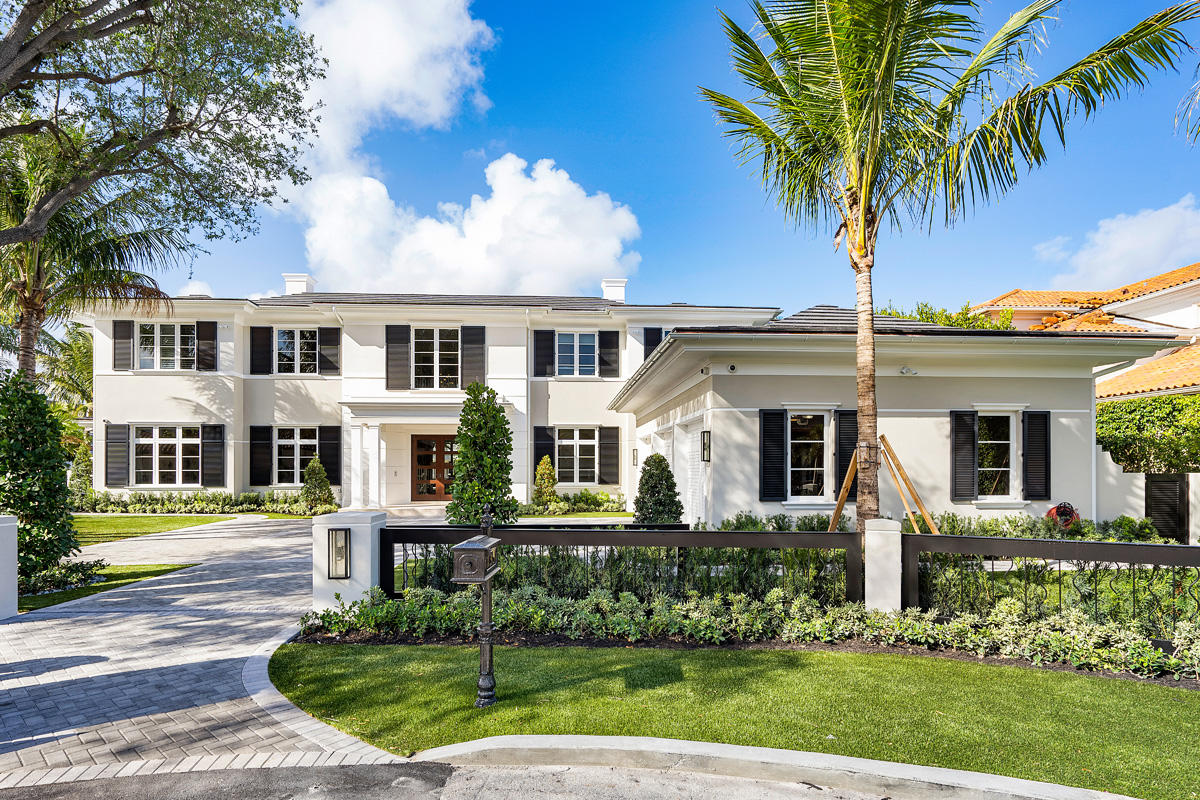 133 Coconut Palm Road