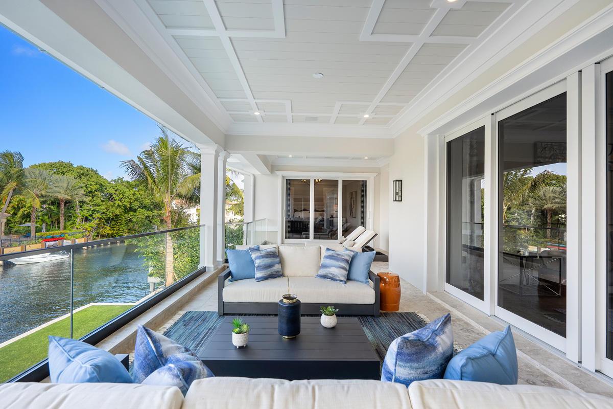 133 Coconut Palm Road W