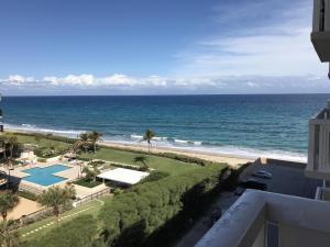 3450 S Ocean Boulevard, 702, Palm Beach, FL 33480