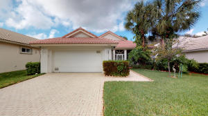 9044 Bay Harbour Circle, West Palm Beach, FL 33411