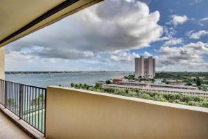 5600 N Flagler Drive West Palm Beach FL 33407