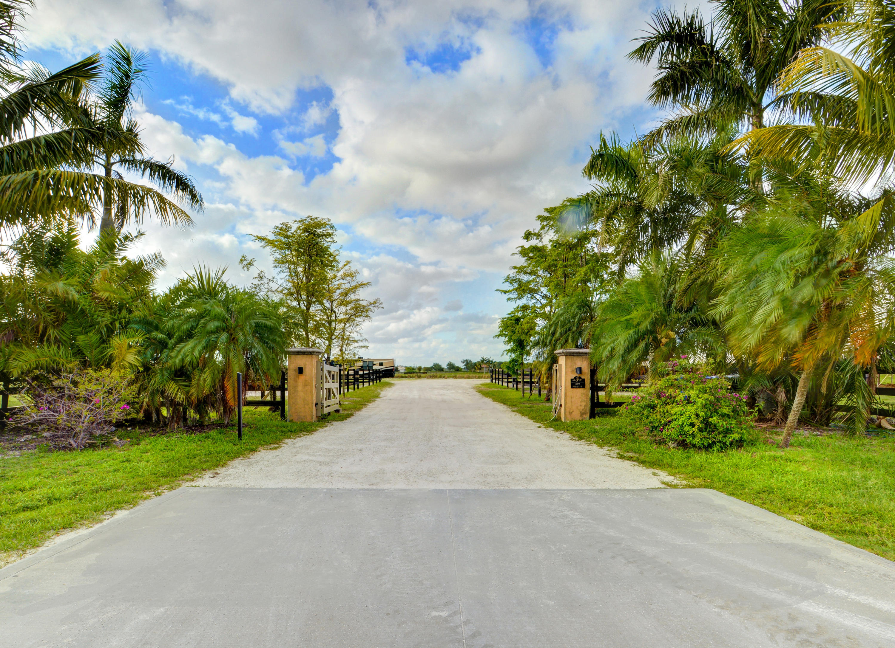 14575 50th Street, Wellington, Florida 33414, 4 Bedrooms Bedrooms, ,4 BathroomsBathrooms,Single Family,For Sale,Palm Beach Point East,50th,RX-10505444