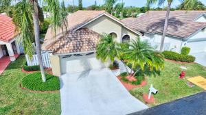 169 Executive Circle, Boynton Beach, FL 33436