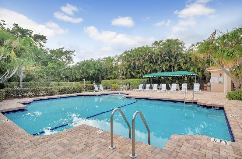 6622 Villa Sonrisa Drive #821 Boca Raton, FL 33433