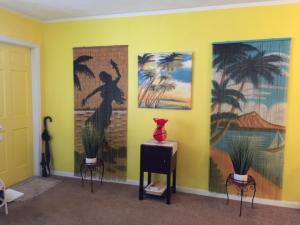 3120 Cynthia Lane, 210, Lake Worth, FL 33461