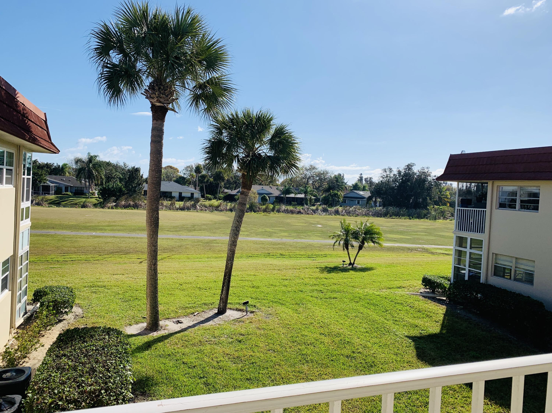 29 Pine Arbor Lane, Vero Beach, Florida 32962, 1 Bedroom Bedrooms, ,1.1 BathroomsBathrooms,Condo/Coop,For Sale,Pine Arbor,2,RX-10505633