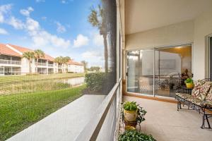 130 Cypress Point Drive, Palm Beach Gardens, FL 33418
