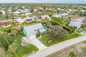 8445 SE Bayberry Terrace, Hobe Sound, FL 33455