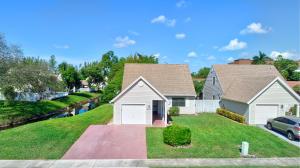 6433 Lantana Pines Drive, Lake Worth, FL 33462