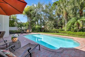 130 Viera Drive, Palm Beach Gardens, FL 33418