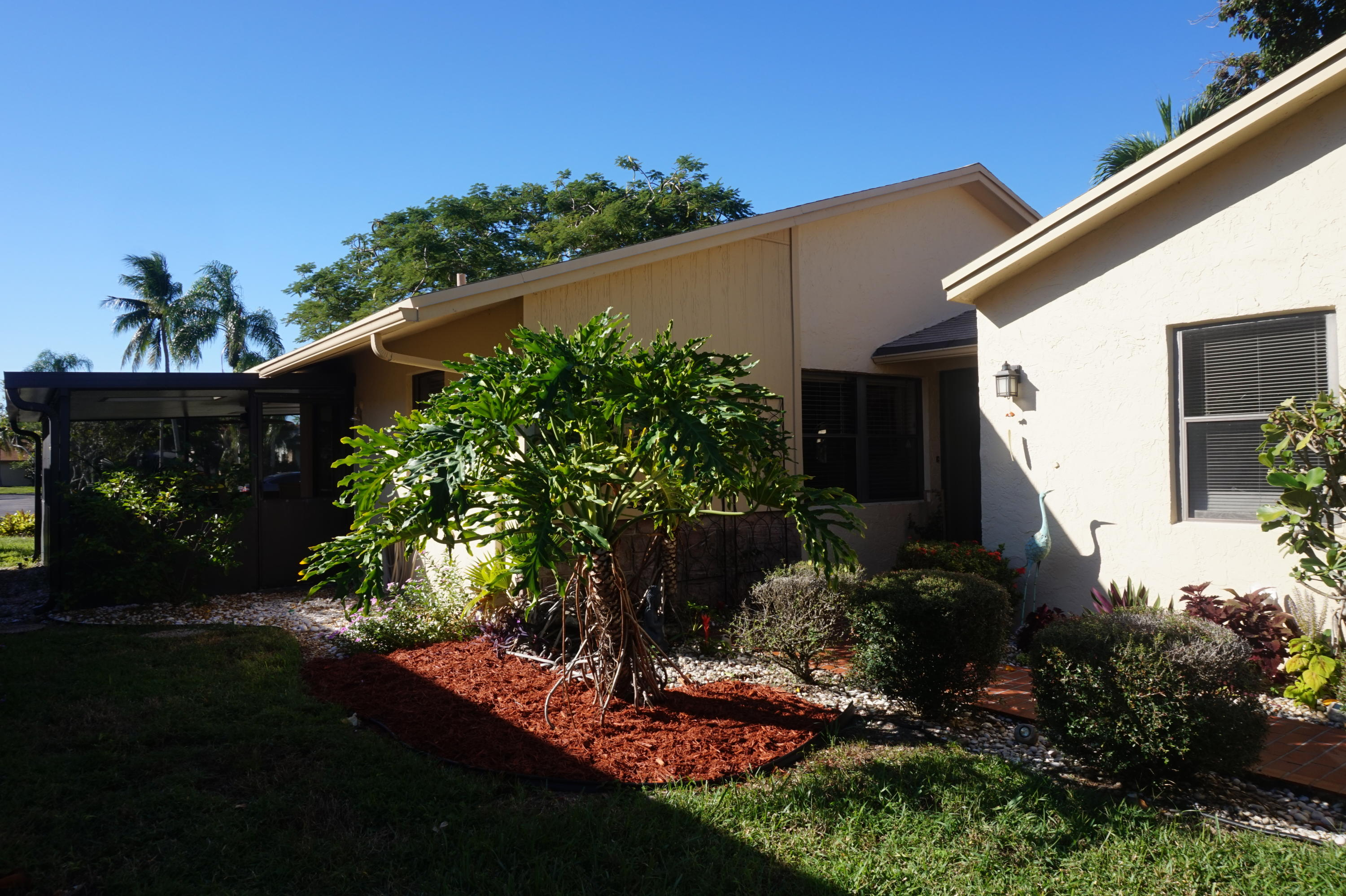 2518 10th Street, Delray Beach, Florida 33445, 2 Bedrooms Bedrooms, ,2 BathroomsBathrooms,Single Family,For Sale,Rainberry Bay,10th,RX-10506004