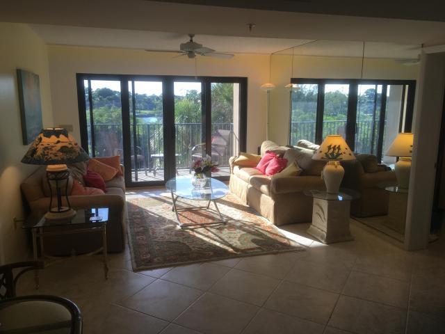 1701 Marina Isle Way, Jupiter, Florida 33477, 2 Bedrooms Bedrooms, ,2.2 BathroomsBathrooms,Condo/Coop,For Rent,Marina Isle,3,RX-10506113