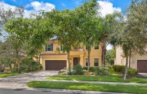 10730 Willow Oak Court, Wellington, FL 33414