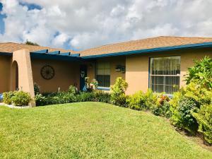 5931 Bosque Lane, West Palm Beach, FL 33415