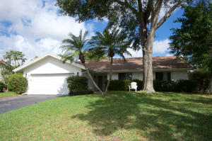2403 NW 30th Road NW, Boca Raton, FL 33431