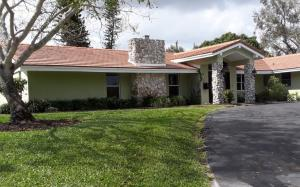 437 N Country Club Dr N, Atlantis, FL 33462