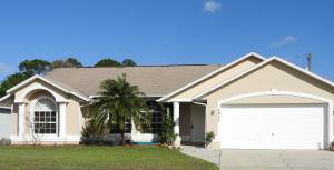4473 SW Babylon Street, Port Saint Lucie, FL 34953