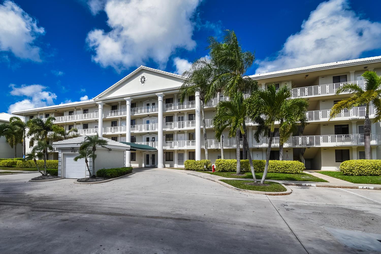 6157 Balboa Circle #305 Boca Raton, FL 33433