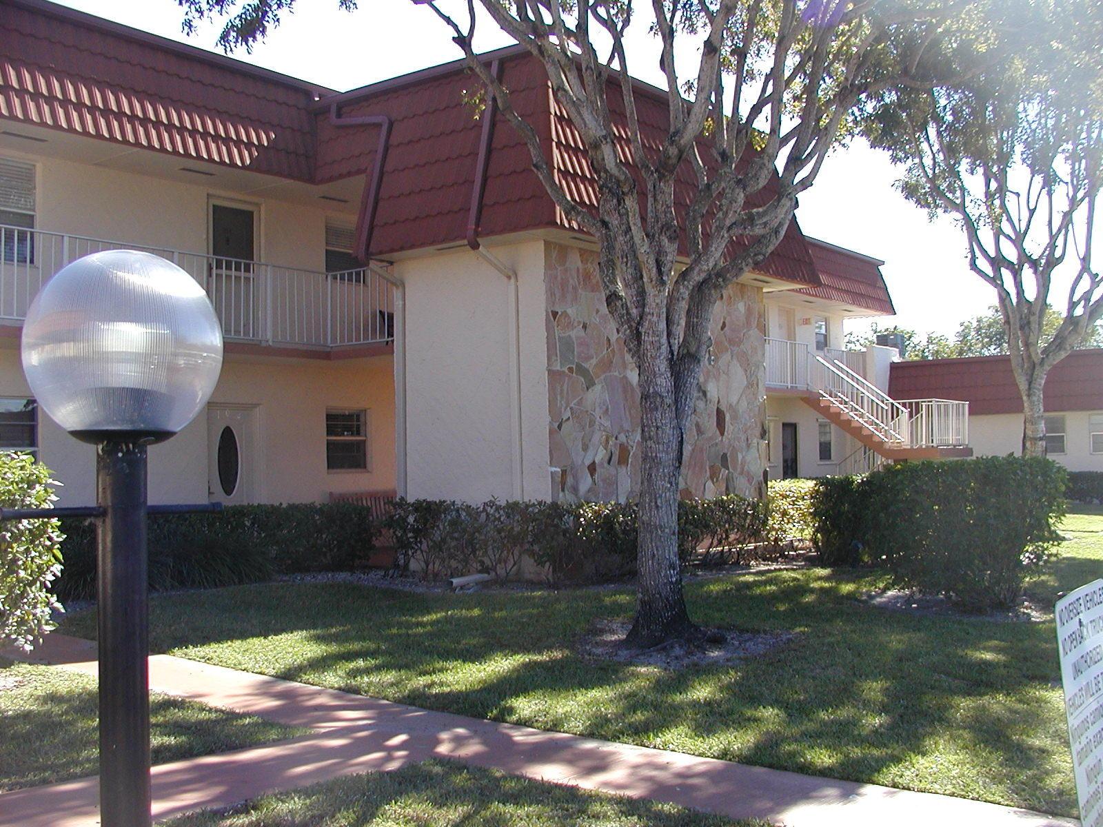 12007 Poinciana Boulevard, Royal Palm Beach, Florida 33411, 1 Bedroom Bedrooms, ,1.1 BathroomsBathrooms,Condo/Coop,For Rent,Poinciana,2,RX-10507536
