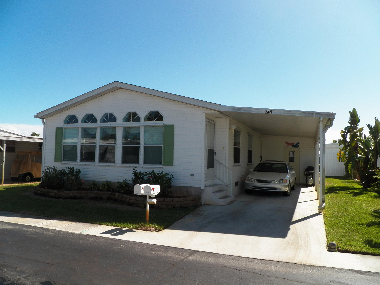 4300 Saint Lucie Boulevard, Stuart, Florida 34997, 2 Bedrooms Bedrooms, ,2 BathroomsBathrooms,Mobile/manufactured,For Sale,Saint Lucie,RX-10507647