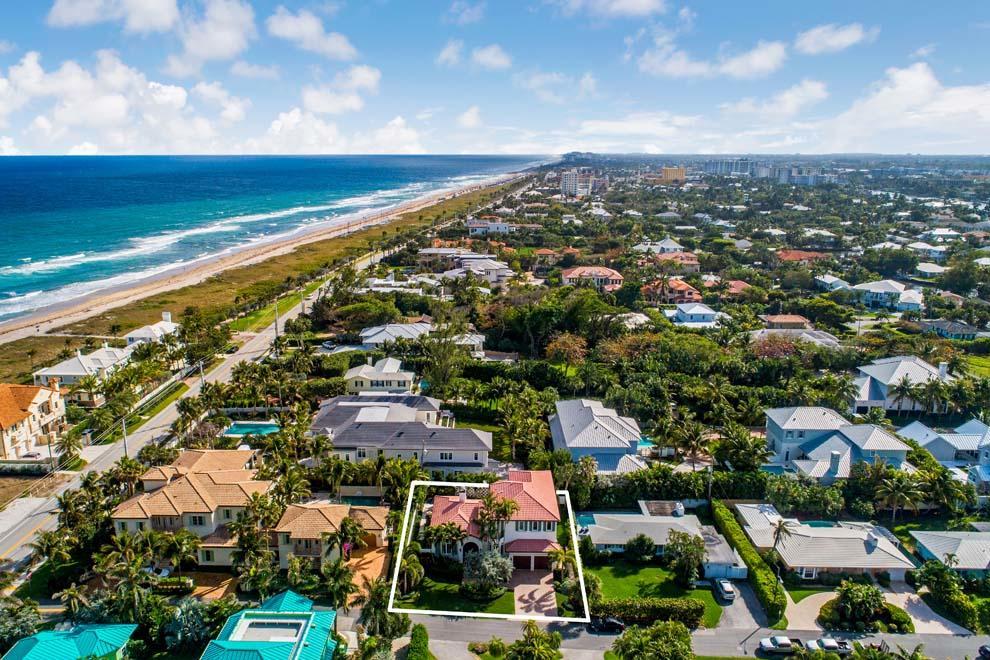 1228 Crestwood Drive Delray Beach, FL 33483