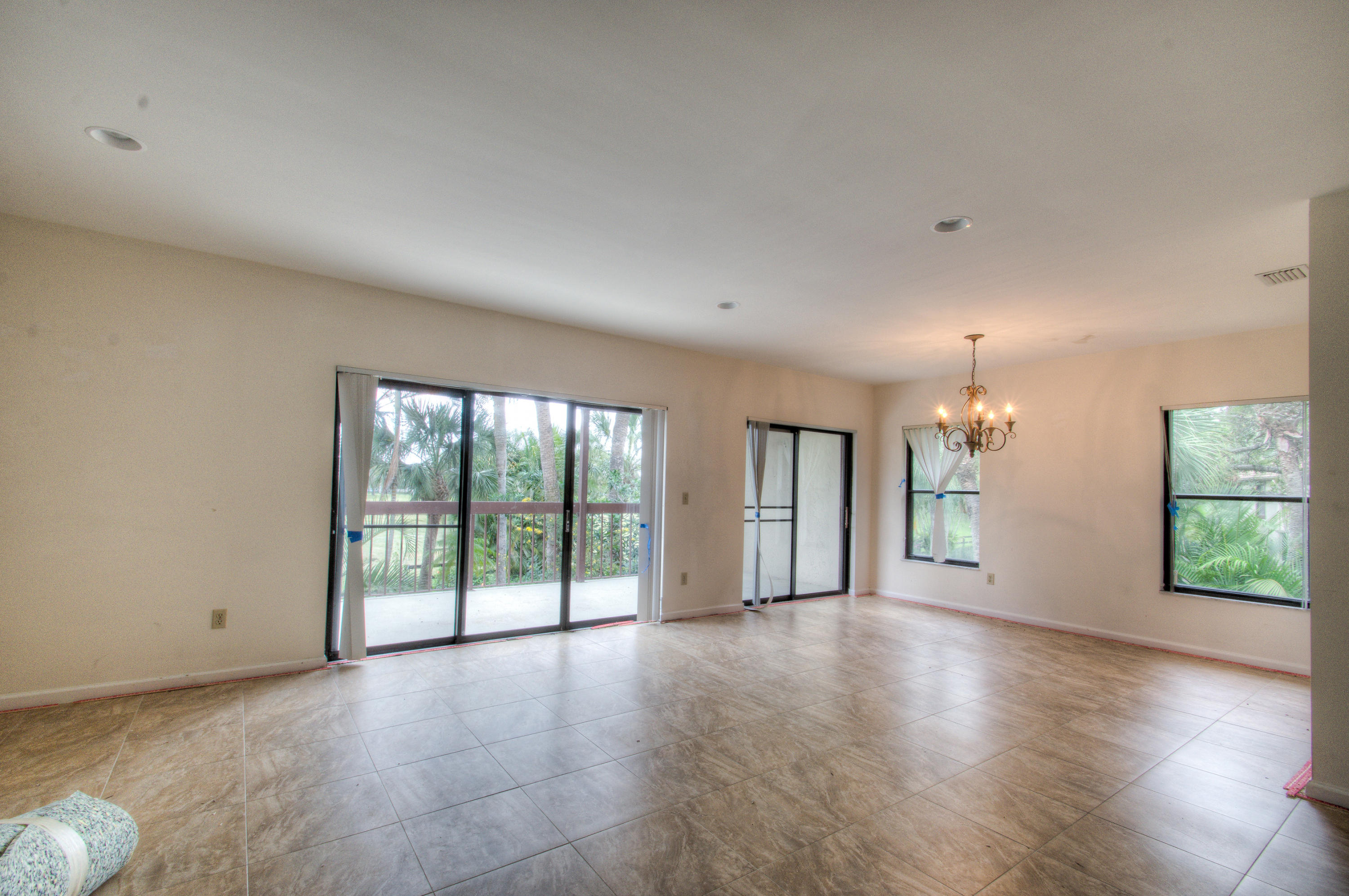 Wellington- Florida 33414, 3 Bedrooms Bedrooms, ,3 BathroomsBathrooms,Residential,For Sale,Pond View,RX-10509064