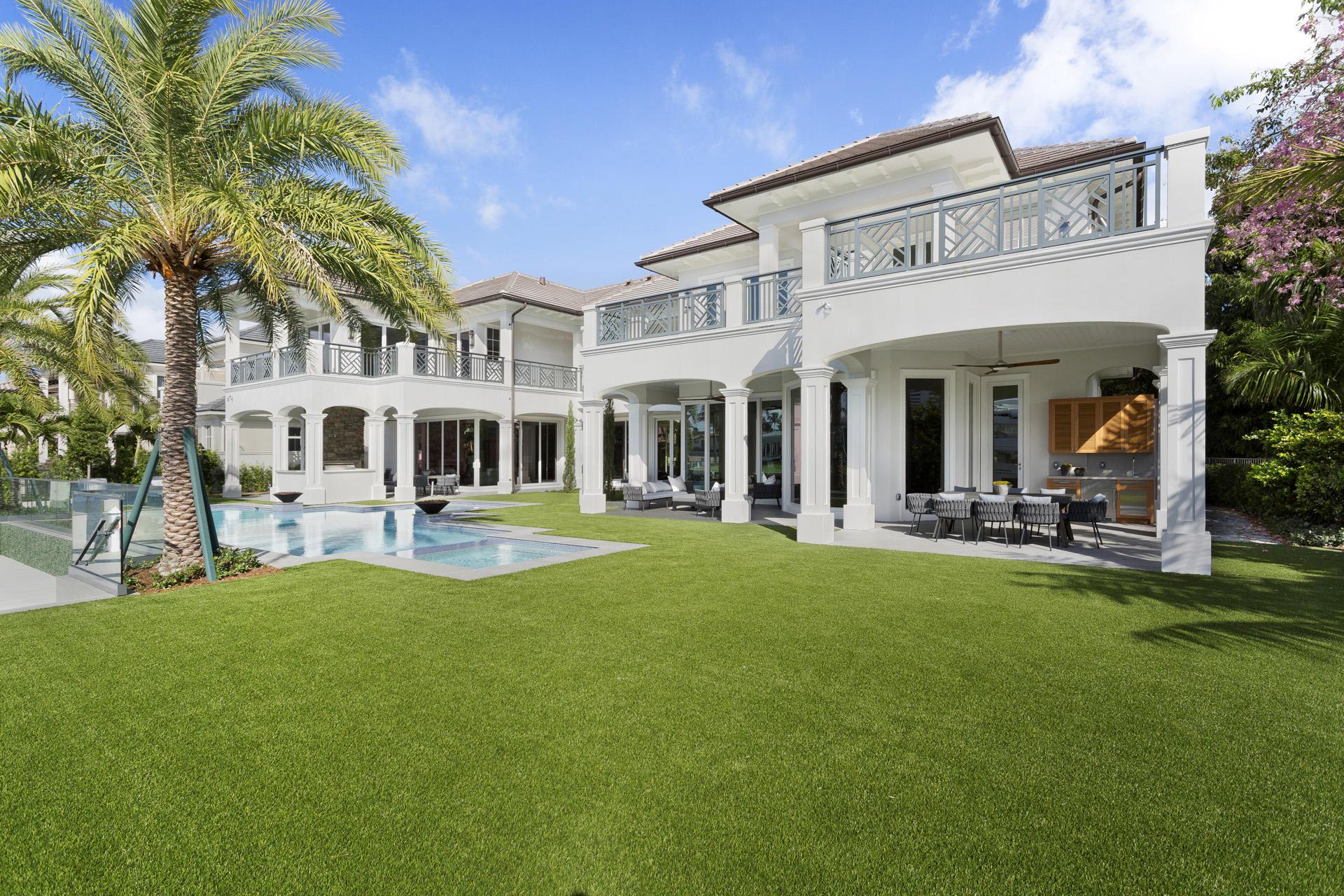 484 Maya Palm Drive